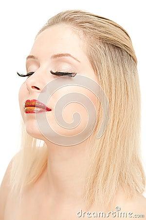 τα όμορφα ξανθά eyelashes μακραίνο&upsilo