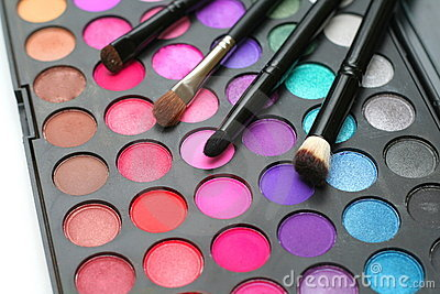 Eyeshadow and brushes