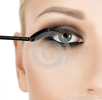 Free Eyeshadows. Eye Shadow Brush Stock Photography - 53574942