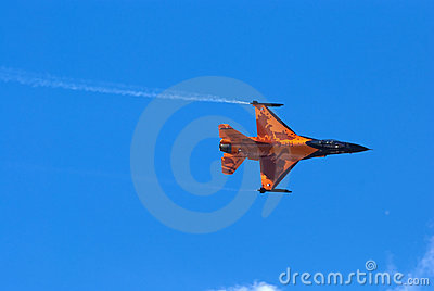 F-16 Fighting Falcon display jet Editorial Stock Image