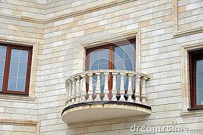 Fa ade de maison avec le balcon images libres de droits for Balcon facade maison