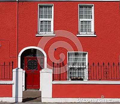 fa ade rouge de maison images libres de droits image 8926119. Black Bedroom Furniture Sets. Home Design Ideas