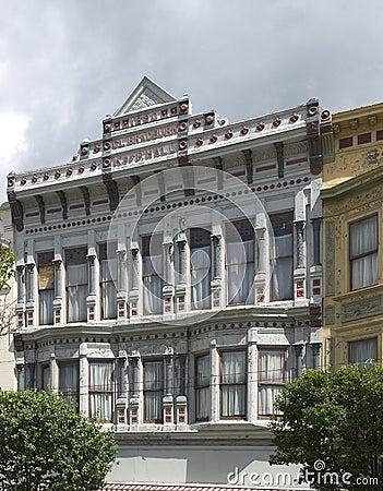 Facade of 1890 CL building in bradburn