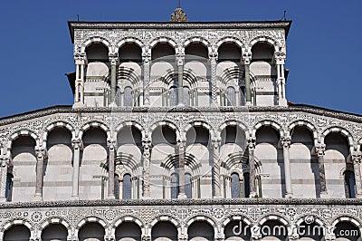 Facade Dome Duomo di Lucca