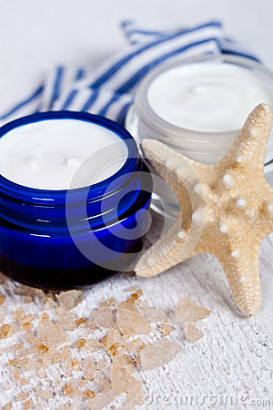 Face cream wiith sea salt and star