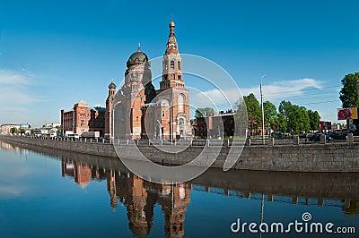 Facendo un giro turistico della città di St Petersburg