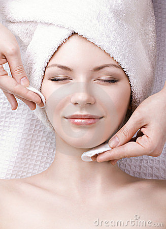 Free Facial Massage Royalty Free Stock Photo - 23822325