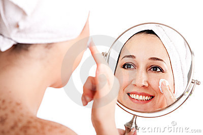 Facial skincare anti-ageing exfoliation