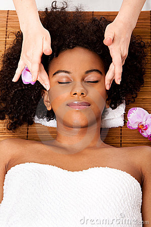 Free Facial Temple Massage In Beauty Spa Stock Image - 19533551