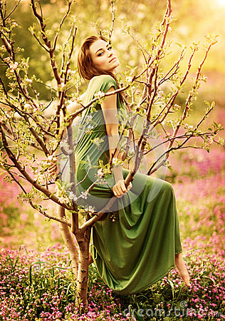 Free Fairy-tail Forest Nymph Stock Photo - 32055010