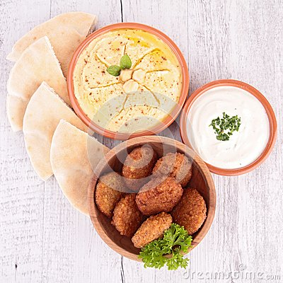 Falafel, hummus and bread