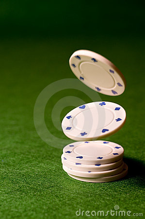 Free Falling Poker Chips Royalty Free Stock Image - 8440336