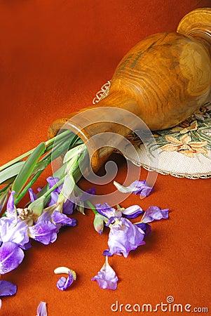 Falling vase