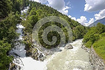 Falls of Lentenay