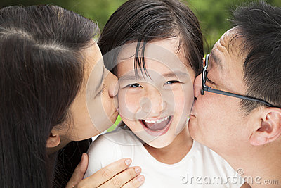 Família feliz do asain