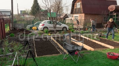Fam?lia no jardim, timelapse vídeos de arquivo
