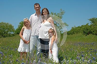 Familia embarazada