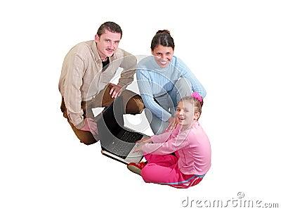 Famille avec l ordinateur