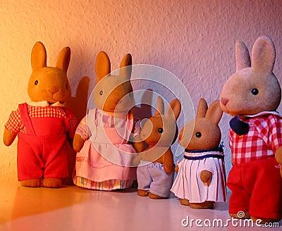Famille de jouet de lapin