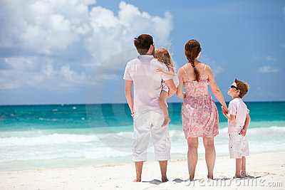 Family on Caribbean vacation
