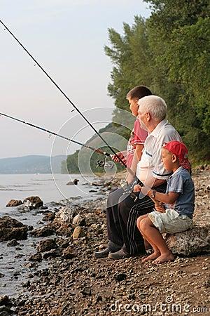 Free Family Fishing Royalty Free Stock Image - 7331376