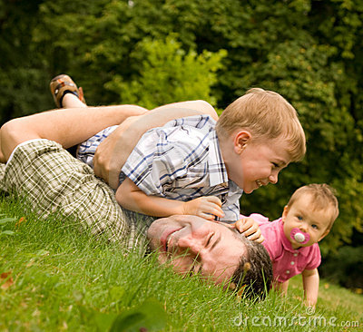 Free Family Having Fun Together Royalty Free Stock Photo - 6206515