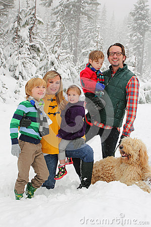 Free Family In Snow Stock Photography - 27764292