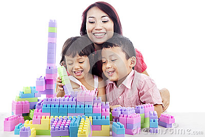 Family playing with blocks