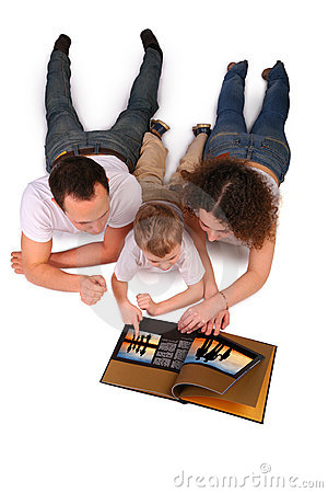 Free Family Reads Magazine Royalty Free Stock Photos - 4675348