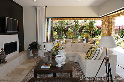 Family Room with Outdoor Livingroom