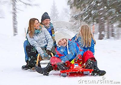 Family-snow-fun 06