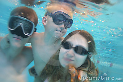 Family underwater pool