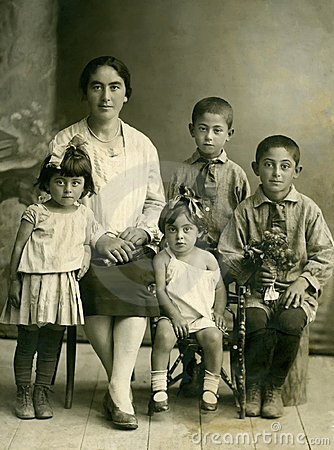 Family.Wintage portrait.