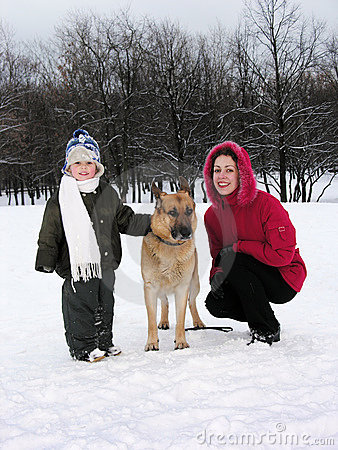 Free Family With Dog. Winter Royalty Free Stock Photography - 404437