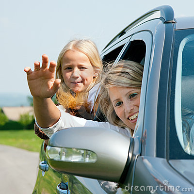 Free Family With Kids In A Car Royalty Free Stock Image - 12211306