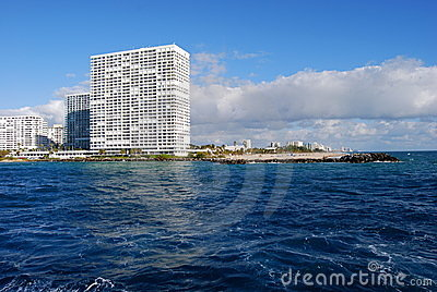 Famous Lauderdale Condominium Point of Americas