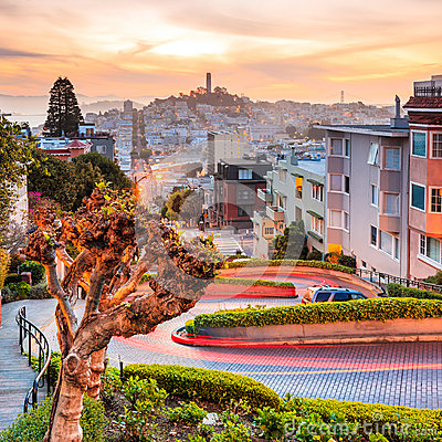 Free Famous Lombard Street In San Francisco Royalty Free Stock Image - 40538886