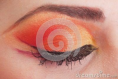 Fantastic make up eye.