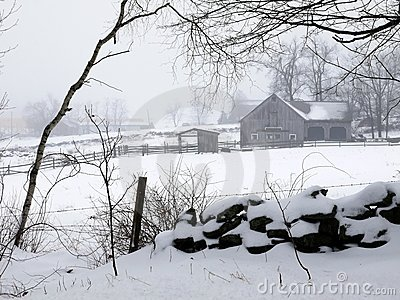 Farm: winter barn fog and snow - h