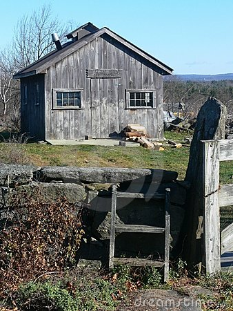 Farm: maple sugar shack