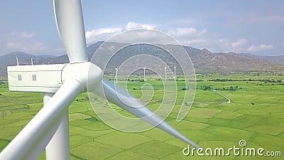 Farm wiatrowych turbin trutnia widok E zbiory