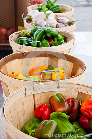 Farmer's Market Stand Stock Photos - Image: 26260803
