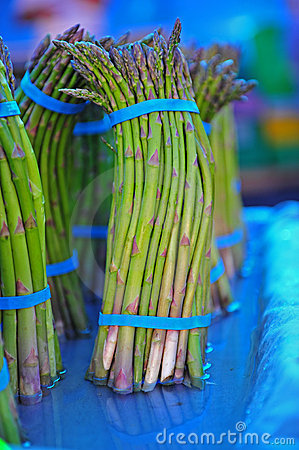 Free Farmers Market Asparagus Stock Photography - 14645592