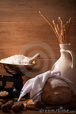 Free Farmhouse Rustic Loaf Stock Photos - 13436593