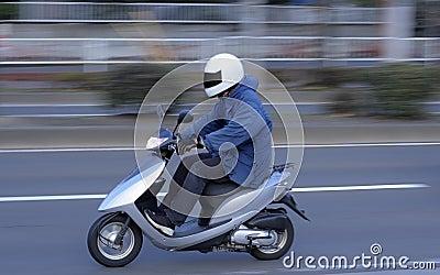 Fartfylld sparkcykel