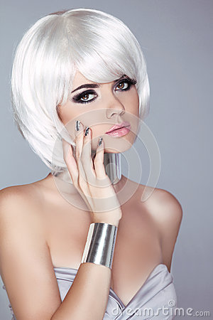 Free Fashion Blond Girl. Beauty Portrait Woman. White Short Hair. Iso Royalty Free Stock Images - 33599259