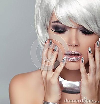 Free Fashion Blond Girl. Beauty Portrait Woman. White Short Hair. Iso Stock Photo - 33599940