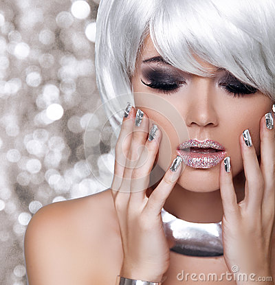 Free Fashion Blond Girl. Beauty Portrait Woman. White Short Hair. Iso Stock Photos - 38344983
