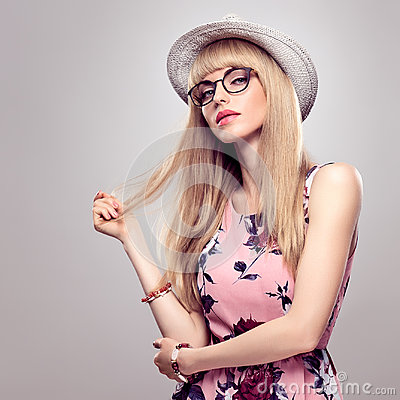 Free Fashion Blond Girl, Stylish Glasses. Summer Outfit Stock Photography - 95208292