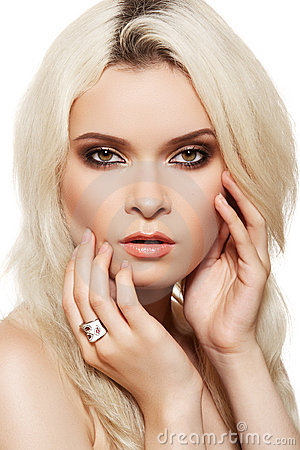 Fashion blond model with glamour make-up, jewelry